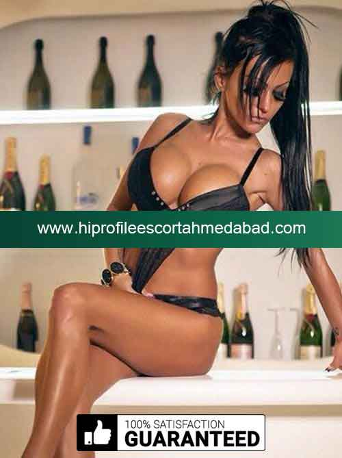real hot photo independent escort Panchmahal